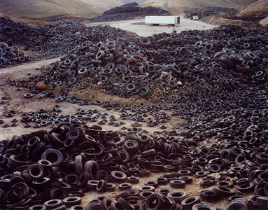 Edward Burtynsky  Oxford Tire Pile