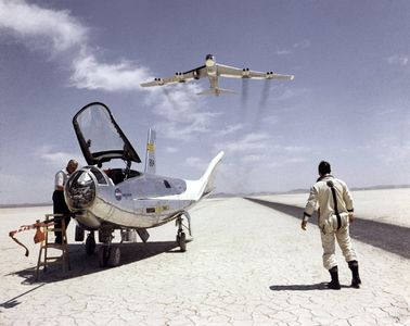 All available sizes | HL-10 on Lakebed with B-52 flyby | Flickr - Photo Sharing!
