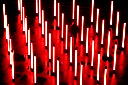Aux origines de Origin, la plus grande installation réactive de UVA  The Creators Project