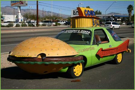 38715474.hamburger_car.jpg 725×486 pixels