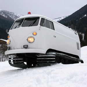 Snow bus | iainclaridge.net