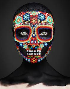 Gorgeous 'Day Of The Dead'-Inspired Designs Created On Models' Faces - DesignTAXI.com