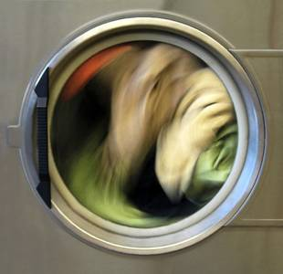The Serenity of Spinning Laundry Captured in Photo Series
