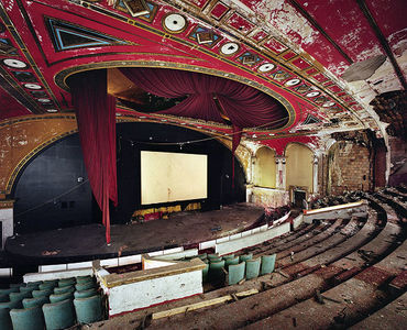 Yves Marchand & Romain Meffre Photography - Forgotten theaters of America