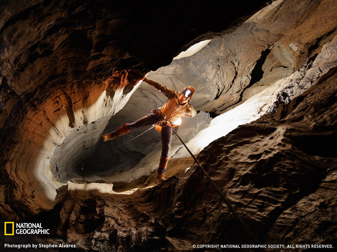 Cave Explorer Photo, Tennessee Picture – National Geographic Photo of the Day